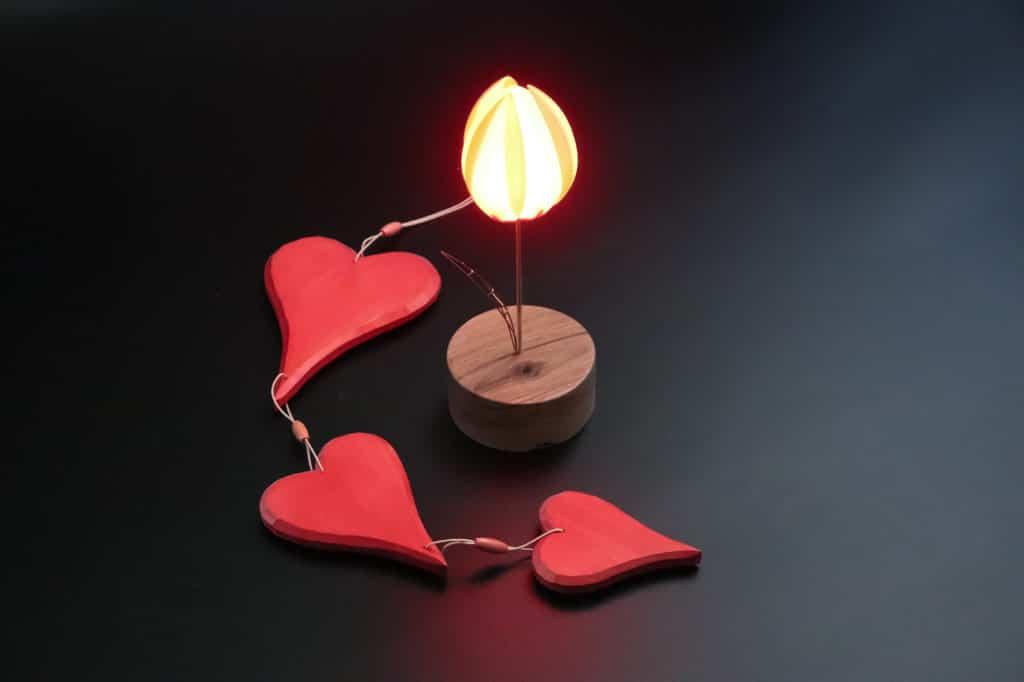 Valentine's Floower with hearts